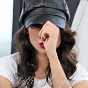 Кожена шапка от Stella Capone от MyFashionstore.eu
