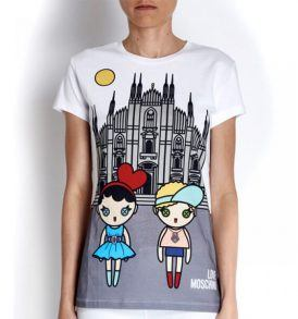 Тениска Moschino W4F780- myfashionstore.eu