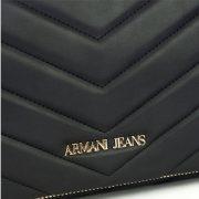 Дамска чанта ARMANI JEANS- myfashionstore.eu
