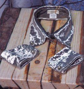 Комплект ръкавели и яка Kontessa Уникален екстравагантен комплект за ексцентричните дами Произведено в Италия Бранд- Kontessa 90 % полиестер, 10 % коприна Налични в черно и сиво